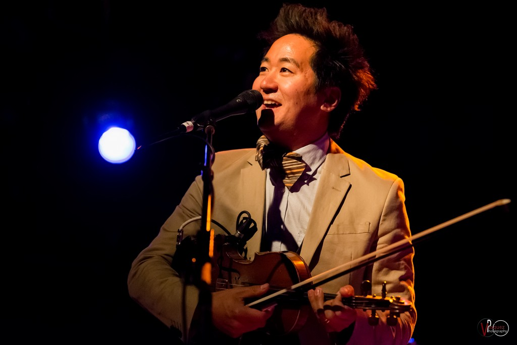 Kishi Bashi opeing for Guster shot by Vasquez Photography LLC